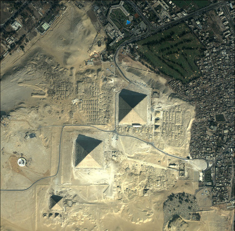 Quickbird Pyramids Egypt | Awesome Photography | Scoop.it
