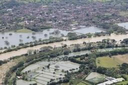 La inundación en toda sumagnitud   EL AGUA un alimento en disputa   Scoop.it