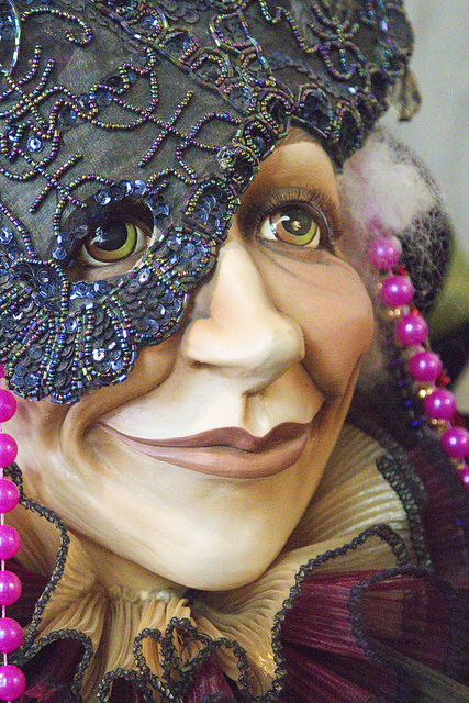Mask in Gift Shop, by Trudy | Oak Alley Plantation: Things to see! | Scoop.it