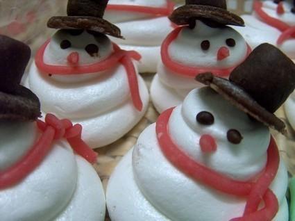 Pupazzi di neve e alberelli Natalizi di meringa | Open Kitchen Magazine | Mangiare diverso | Scoop.it