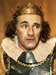 Rylance upstaged by dog on Broadway   Performance and Acting   Scoop.it