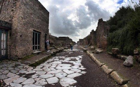 Affresco trafugato a Pompei. Continua il disastro per i beni culturali   Attualità   Scoop.it