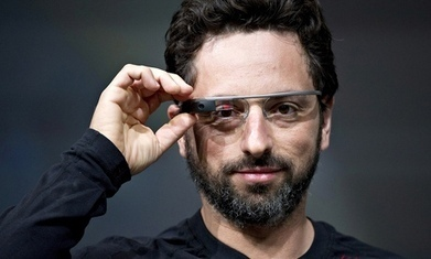 Google Glass vs Apple Watch   3D Virtual-Real Worlds: Ed Tech   Scoop.it