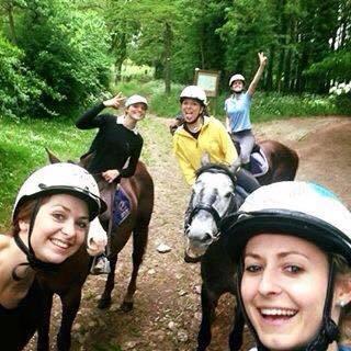 horse ball avec les cavalières de La Gamopade   horse ball   Scoop.it