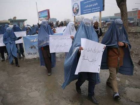 Afghan men are wearing burqas to draw attention to women's rights | Univers social | Scoop.it