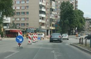 Na raskrsnici kod Doma Armije uspostavljen kružni saobraćaj | Zenica News | Scoop.it