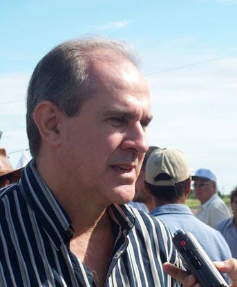 Nikisch insiste en la devolución de los fondos retenidos a los Consorcios Camineros   Chaco   Scoop.it