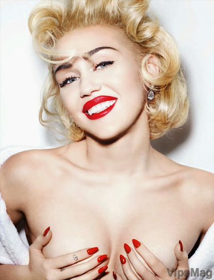 Miley Cyrus exposed in photoshoot for Vogue Germany - includes topless, see-through boobs   VipsMag   Sexy Pics   Scoop.it