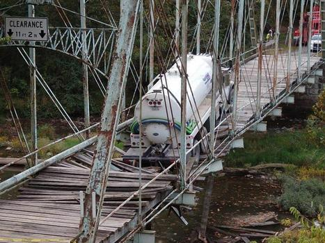 SEE IT: Fracking water tanker wrecks historic Pennsylvania bridge  | Annie Haven | Haven Brand | Scoop.it