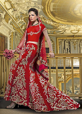 Buy Bridal Lenghas for engagement and marriages online in UK | Bridal Wear | Scoop.it