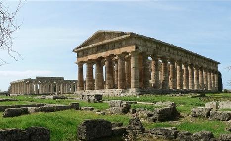 Biens archéologiques récupérés par les carabiniers : des trésors d'une tombe peinte de Paestum | Formule | Scoop.it