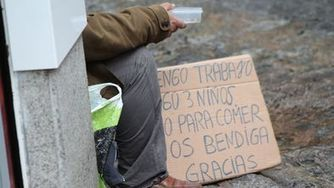 El riesgo de pobreza crece y los ingresos de las familias continúan bajando | Economía crítica | Scoop.it