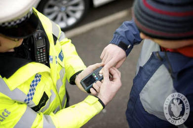 Police to use hi-tech fingerprint scanners | Coventry Observer | High Tech Use by Law Enforcement | Scoop.it