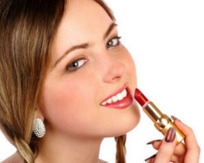 How to Apply Lip Gloss step by Step | Health and beauty for women | Scoop.it