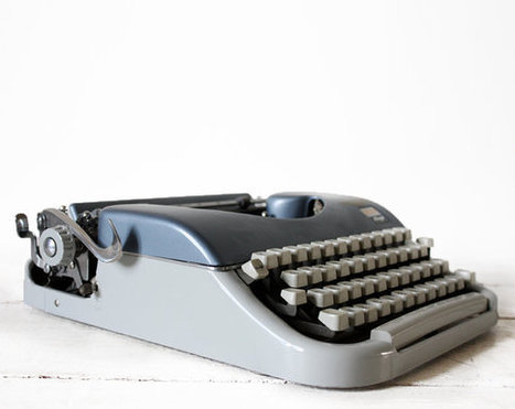 Manual Typewriter with Case | Chummaa...therinjuppome! | Scoop.it