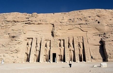 Dos reinas poderosas de Egipto -Cleopatra vs. Nefertiti- | Dos reinas poderosas de Egipto -Cleopatra vs. Nefertiti- | Scoop.it