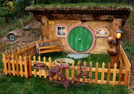 Real-Life Hobbit Shire Exists in the Hillsides of Montana   Strange days indeed...   Scoop.it