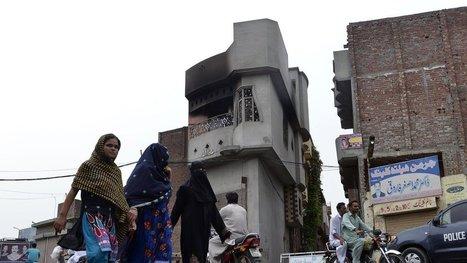 3 Killed in a Facebook Blasphemy Rampage in Pakistan | Lawless land | Scoop.it