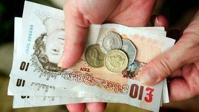 Male bonuses 'double those of women' | Soicology | Scoop.it