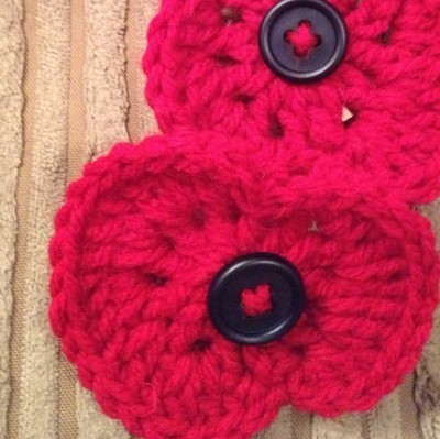 Free Crochet Poppy Brooch Pattern : handmade crochet poppy brooch - wear your poppy...
