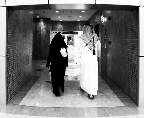 Emirats arabes unis : un code vestimentaire pour les touristes et les expatriés | Les Emirats arabes unis : progrès, démesure et inégalités. | Scoop.it