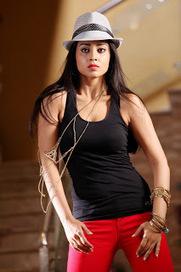 Pavitra telugu movie latest trailer with brahmi,sriya - cutmirchi.com | Entertainment zone | Scoop.it
