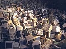 Informatique/télécoms : 300.000 tonnes de e-déchets en moins avec de nouvelles normes   L'industrie de l'économie verte et durable all around the world!   Scoop.it