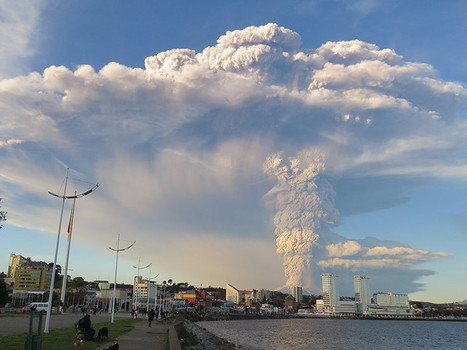Volcanic Lightning Could Aid Hazard Response During Eruptions   Geology   Scoop.it