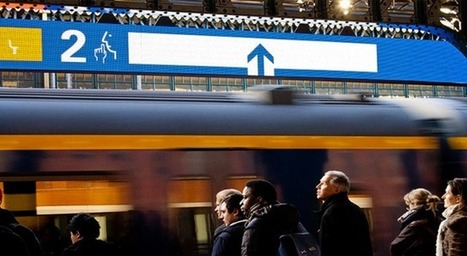 Station display shows waiting commuters the best train carriage to get on | NewMobilities | Scoop.it