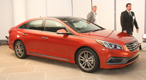 2015 Hyundai Sonata adds head-up display, Apple CarPlay, adaptive cruise control, luxe features for just $22K | Low Power Heads Up Display | Scoop.it