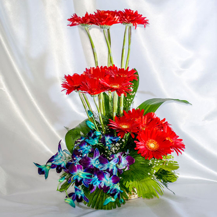 A gerberas with purple orchids. - Blossom Square | BlossomSquare online flowers delivery system | Scoop.it