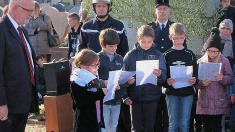 11 Novembre : les enfants ont participé à la cérémonie | L'école Cousteau dans la presse et sur internet... | Scoop.it