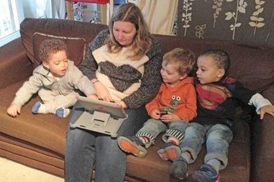 Concerns raised over impact of tablets on posture | Nursery World | Breath Deep Pilates | Scoop.it