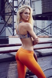 Candice Swanepoel wearing yoga pants - Front Page Buzz | Women | Scoop.it
