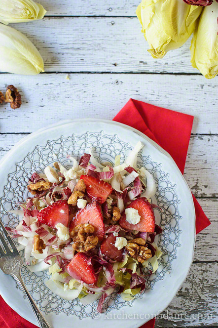 Endive & Strawberry Salad with Gorgonzola, Walnuts & Strawberry Dressing | Kitchen Confidante | Recipes: Make.it Taste.it Share.it | Scoop.it