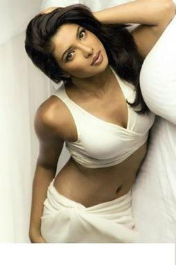 Priyanka Tight Lipped about her Affair with SRK | News in Bollywood | bharatdesi.com | Big in Bollywood | Scoop.it