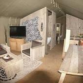 Jana Wagner campt durch Deutschland: Teuerstes Zelt der Republik ... - FOCUS Online | Urlaub mit Hund | Scoop.it