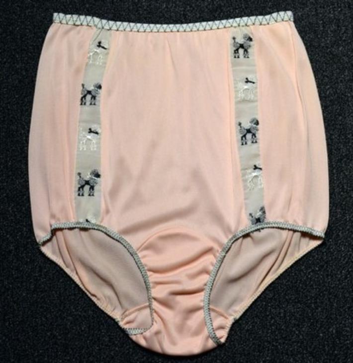 This Week's OMG Vintage Lingerie: 1950s Poodle Panties Edition! | Lingerie Love | Scoop.it