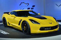 2015 Chevrolet Corvette Z06: Detroit 2014 Photo Gallery - Autoblog   Cars   Scoop.it