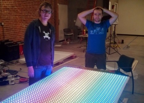 1768 LEDs, Because 96 Just Wasn't Enough - Hackaday | Raspberry Pi | Scoop.it
