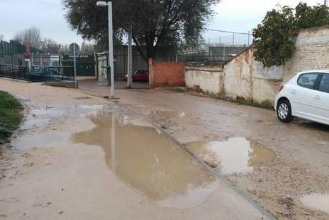 Años pidiendo que se acondicionen los accesos al CMF Parque Oliver | 3ª DIVISIÓN ARAGONESA y 2ªB | Scoop.it