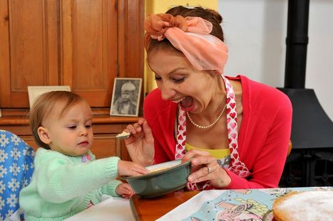 Did 1950s mums really know best? We put vintage child-rearing methods to test - Mirror.co.uk | Mums In Business | Scoop.it