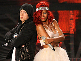 Rihanna Almost Wigs Out At 2010 VMAs In 'VMAs Revealed' - MTV.com | Hair There and Everywhere | Scoop.it