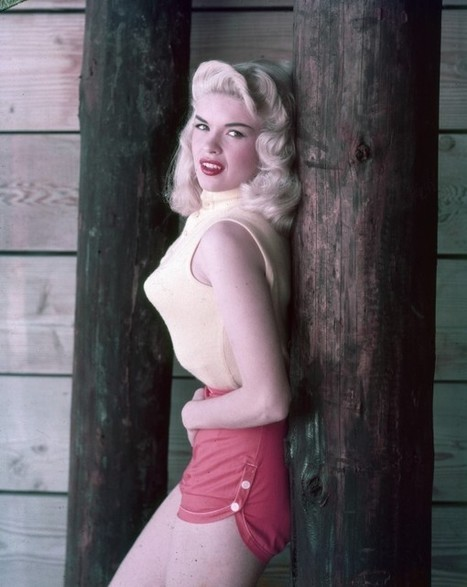 Jayne Mansfield's 1950s Style Includes Red Shorts, Pointy Bra | Xposed | Scoop.it