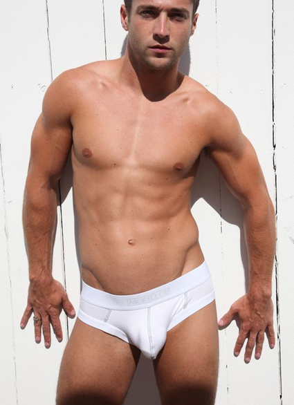 A guy in underwear – McKillop | Gay | Scoop.it