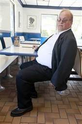 'Big guy' sues White Castle over small booths | The need for global support for disables in Africa | Scoop.it
