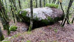 El dolmen de Leira da Rapada, un monumento megalítico único en el sur lucense | Mégalithismes | Scoop.it