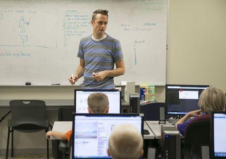 Mesa libraries pilot innovative technologies, programs   More TechBits   Scoop.it