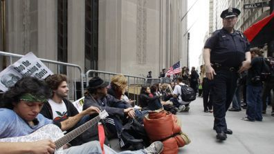 Wall Street Protest: Did the Mainstream Media Blackout the Wall Street Protests?   Greg Hunter's USAWatchdog   Conciencia Colectiva   Scoop.it