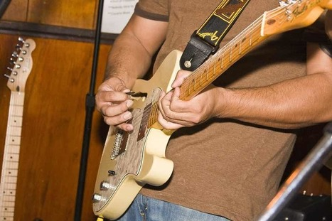 Double Stops and Blues Licks Around The Entire Neck - | independent musician resources | Scoop.it